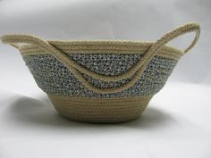 Sewing: wrapped clothesline bowl - love the handles detail!