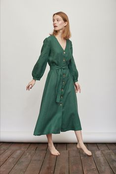 Womens Linen Dresses, Womens Linen Clothing, Flax Clothing, Green Dress Casual, Casual Dresses, Summer Dresses, Minimalist Dresses, Shops, Stylish Outfits