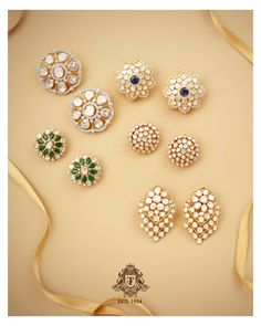 It's hard to pick just one! Come explore the exquisite diamond series from the house of Talwar Jewellers. Gold Diamond Rings, Diamond Studs, Diamond Jewelry, Diamond Earrings, Silver Jewelry, Gold Rings, Black Earrings, Leather Earrings, Swarovski Jewelry