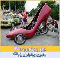 @Astrid Brouwer ... Du suchst doch noch was zum Anziehen für heute Abend ...