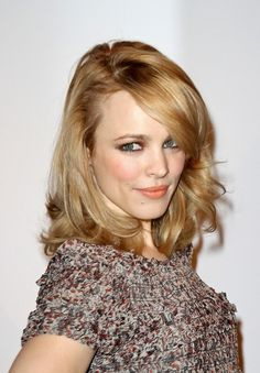 Elegantly ineffable excellence of Rachel McAdams ...Modish Dame...
