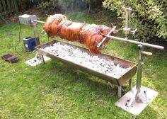 Wowser! That is one hell of a Hog Roaster! I could eat me some of that crackling!