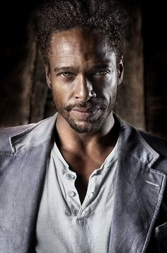 Gary Dourdan, he even gets sexier with age. Sheesh, i can't think much when i look at him.