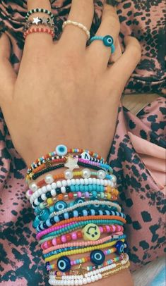 Handmade Wire Jewelry, Diy Crafts Jewelry, Bracelet Crafts, Cute Jewelry, Diy Bracelets Patterns, Bracelet Designs, Bead Jewellery, Beaded Jewelry, Pulseras Kandi