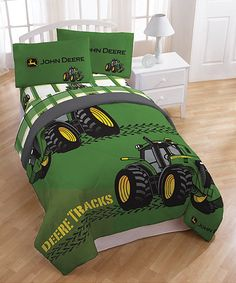 This John Deere bedding set features a comforter, flat sheet, fitted sheet and pillowcase in the standard green with tractors. Crafted in cotton and polyester, this bedding set is conveniently machine washable. John Deere Bedroom, Tractor Bedroom, Farm Bedroom, Kids Bedroom, Kids Twin Bedding Sets, Twin Comforter, John Deere Baby, John Deere Kids, Buy Bed
