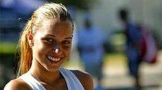 PAKSIOVÁ Andrea - Tennis.......                       vzor : Dominika Cibulkova Dominika Cibulkova, Tennis