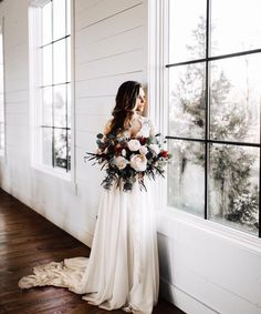 wedding bridal bouquet inspiration for a romantic home wedding