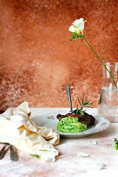Recept Osso buco - hovädzia kližka s kosťou so zemiakovým pyré a medvedím cesnakom | Svet Bedničiek Bulgur