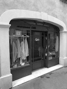 Pictures of Saint-Tropez: Pictures of Saint-Tropez         Boutique Ritchi i...