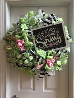 A Door stopper! Crisp colors for a Happy Spring Welcome!