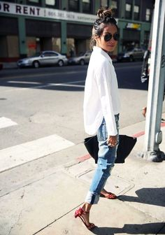 4e14726c56 37 Casual Female Outfits Ideas to Rock Spontaneously