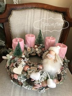 Christmas Advent Wreath, Winter Christmas, Xmas Decorations, Christmas Inspiration, All Things Christmas, Diy And Crafts, Centerpieces, Bloom, Crafty