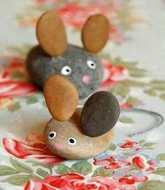 Ratoncitos con piedras