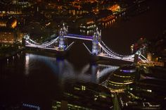 Over the Queen's Diamond Jubilee, the lights will make the famous bridge over the Thames g...