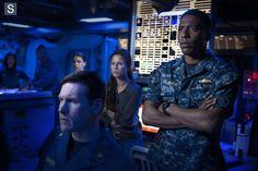 Photos - The Last Ship - Season 1 - Promotional Episode Photos - Episode 1.07 - SOS - Episode 1.07 - SOS (4)