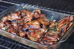 Best Recipes Evar: This is the best Hawaiian BBQ you will have. Its better than at the Hawaiian BBQ restaurants because its cheap and easy to make. Think Food, I Love Food, Food For Thought, Good Food, Yummy Food, Bbq Chicken, Chicken Recipes, Grilled Chicken, Cooked Chicken