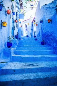 Morocco, Chefchaouen Chefchaouen is best known for its blue buildings, painted in a spectrum of soothing hues. If you want to escape the city, make sure to check out the nearby Rif mountains and the Cascades d'Akchour! Beautiful World, Beautiful Places, Blue City, Photos Voyages, Jolie Photo, Blue Aesthetic, Beautiful Landscapes, Shades Of Blue, Street Art