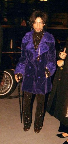 Prince decked out in Purple Mavis Staples, Prince And Mayte, My Prince, Paisley Park, Sheila E, Madonna, Princes Fashion, The Artist Prince, Prince Purple Rain