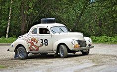 1940 Ford (Peeking to Paris)