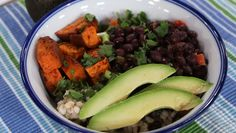 A healthy meal choice that the whole family will enjoy. Serve your first Middle Eastern Style Buddha Bowl.
