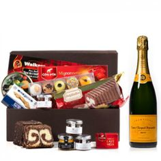 Christmas Sweet Mood Booster with Veuve Clicquot to Liechtenstein