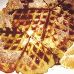 Almás gofri csokiszósszal Hungarian Recipes, Breakfast, Food, Morning Coffee, Eten, Meals, Morning Breakfast, Diet