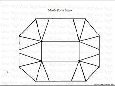 GRACIAS A Nina Rudakov FUENTE: Aqui =============     Excelente idea - hacer una funda-bolso para la plancha y una mini tabla a la vez! ¿Q...