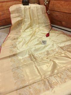 Rich Cream Pure Katan Silk Banarasi Saree in Matte Gold Zari Weaving Gold Silk Saree, Organza Saree, Pure Silk Sarees, Saree Color Combinations, Indian Outfits, Indian Clothes, Saree Hairstyles, Banarsi Saree, Saree Models