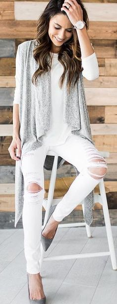#winter #fashion / Grey Cardigan / White Top / Destroyed Skinny Jeans / Grey Pumps