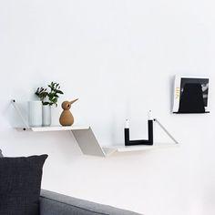 Thank you @sannes_uni for a beautiful picture of Fold designed by @NurdesignDK ________________________________Selvom det er mandag, så har jeg været mere oplagt idag end jeg har været i lang tid Godnat herfra #wouddesign #nurdesign #architectmade #lyngbyporcelain