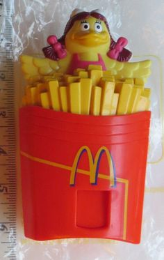 McDonald's 1998 McSweet BIRDIE CANDY DISPENSER Sgl Foreign Toy LOOSE + BOX