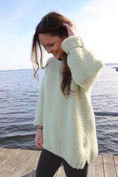 skappelgenser-vaar Drops Design, Crochet Clothes, Knit Cardigan, Knitting Patterns, Knit Crochet, Pullover, Outfits, Jumpers, Crafts