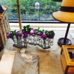 今日の花生け この花器に生けるとお花がいつもと違う表情に #ツェツェ#ツェツェアソシエ#tseandtse #4月の花器#vasedavril #daja