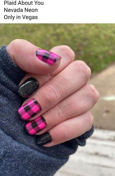 Can t stop myself from the plaid overlay Plaid About You Nevada Neon Only in Vegas Get Nails, Fancy Nails, Pink Nails, How To Do Nails, Pretty Nails, Hair And Nails, Plaid Nail Designs, Nail Art Designs, Chevron Nail Designs