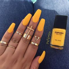 #Manimonday Yassss  @zaporaofficial (Lemonade) use code 'glambymeli' for 10% off ~  @sally_hansen big matte top coat ~ Rings @forever21 ~ Follow me on  #Snapchat  to see a live version GLAMBYMELI :::::::::::::::///#glambymeli#zaporanaillacquer #nails #nailstagram #nailswag #nails2inspire #nailsoftheday #ignails #bblogger #naillove #sallyhansen #hudabeauty  #rings #vegas_nay #yellownails #naillovers #nailsofinstagram  #lemonade #mattenails