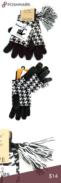 Women Tasseled Glove With Smart Tips Your favorite print now made into gloves! These Houndstooth CC Gloves are sure to be your favorite this Winter!   100% Acrylic  Tasseled Glove With Smart Tips Smart Tip Glove Made in China Smart Tips Accessories Gloves & Mittens