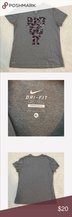 "Nike "" Just Do It"" V Neck Size XL - Dri Fit  great condition -  Nike -  smoke free home Nike Tops Tees - Short Sleeve"