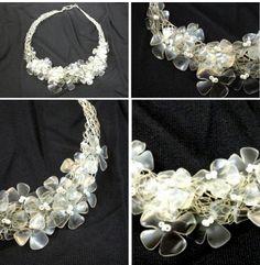 Idee per riciclare bottiglie di plastica: collana di fiori | Idea sent by Célia Machado | #recycling #plastic #flowers #Necklace