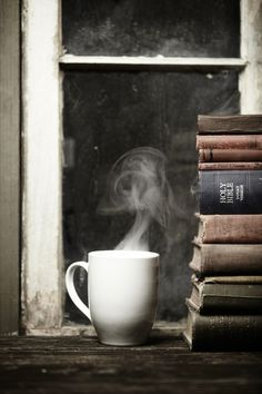 2 of my favorite things - coffee and books