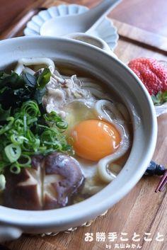 一人晩ご飯☆鍋焼きうどん by 丸山みかんさん | レシピブログ - 料理 ...