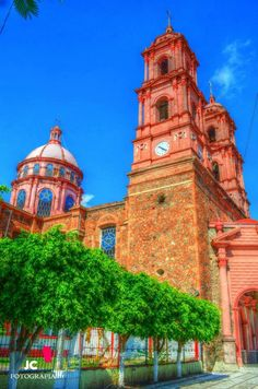 "Jiquilpan Michoacan ""Pueblo Magico"" Iglesias Sagrado Corazon."