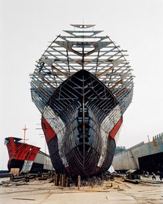 shipyards in China by #EdwardBurtynsky. his photography is EPIC. just went to his talk tonight at weber.