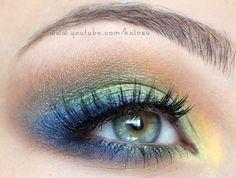 Peacock eye. I used to do something like this! I love eye shadow!