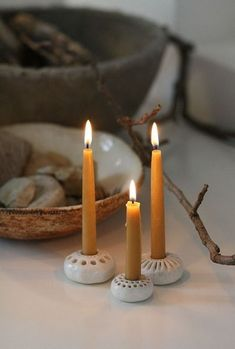 Bienenwachs Kerzen Mini-Kerzenständer Fräulein Otten The Effective Pictures We Offer You About Clay Art tutorial A quality picture can tell you many things Beeswax Candles, Diy Candles, Aromatherapy Candles, Diy Clay, Clay Crafts, Ceramic Clay, Ceramic Pottery, Clay Candle Holders, Candlestick Holders