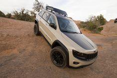The Trail Warrior features a crawl ratio. Moab Jeep, Jeep Wj, Easter Jeep Safari, Safari Jeep, Adventure Jeep, Jeep Concept, 2014 Jeep Grand Cherokee, Suv Cars, Mitsubishi Lancer Evolution
