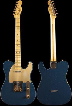 Fender Custom Shop 1952 Telecaster® Relic Aged Lake Placid Blue