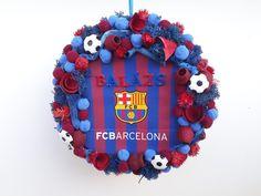 #noridekor #egyedi #dekoráció #foci #barcelona 4th Of July Wreath, Barcelona, Birthday Cake, Wreaths, Desserts, Home Decor, Tailgate Desserts, Deserts, Decoration Home
