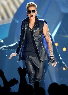 Justin Bieber at the 2013 Billboard Music Awards