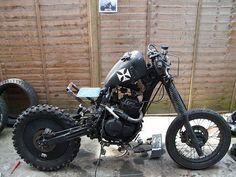 Grabenratte, the Grave Rat Bike - Photo Gallery - autoevolution Motos Bobber, Scrambler Motorcycle, Motorcycle Clubs, Motorcycle Style, Custom Motorcycles, Custom Bikes, Moped Bike, Cool Bikes, Rat Bikes