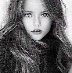세계에서 가장 아름다운 소녀로 선정된 9세 모델